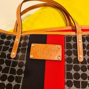 KATE SPADE carryall with tan leather trim
